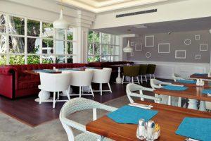Restaurant 4 300x200 - Home
