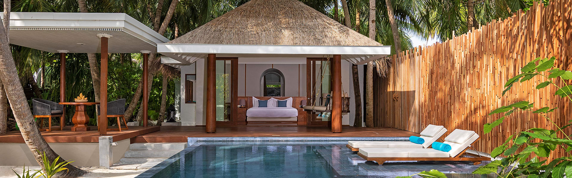 anantara kihavah four bedroom beach pool residence master bedroom villa 1920x600 - Outdoor Furnitures | Luxury Resort